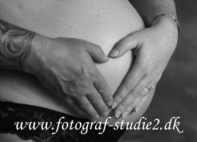 gravid baby i maven